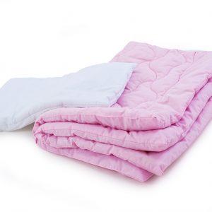 Комплект одеяло и подушка розовый  ПОСТЕЛЬНОЕ БЕЛЬЕ И ТОВАРЫ ДЛЯ ДЕТЕЙ > Подушки и одеяла