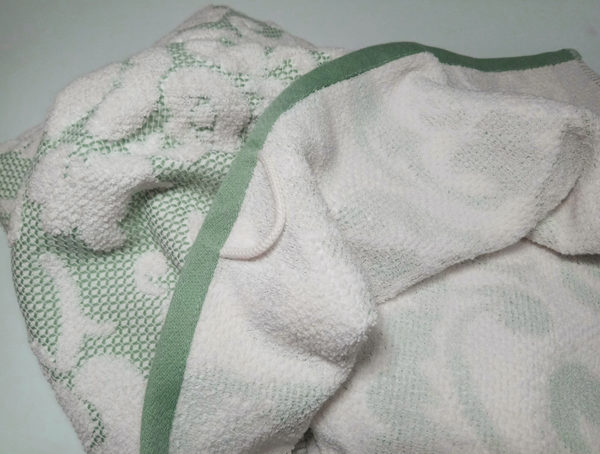 Полотенце жаккард Nanette зеленое 1 Постельный комплект