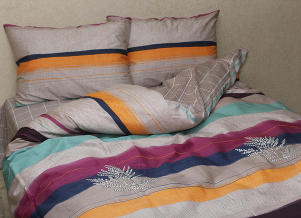 Комплект постельного белья с компаньоном S371 1 Постельный комплект