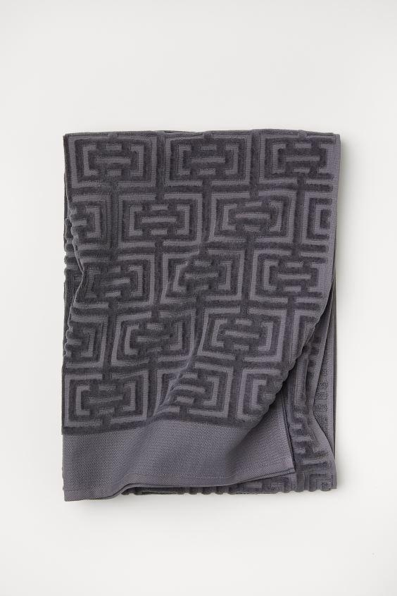 Полотенце махровое Labirint серое 70х140 1 Постельный комплект